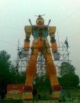 Нажмите на изображение для увеличения Название: fake-gundam-china-2.jpg Просмотров: 109 Размер:31.0 Кб ID:7878